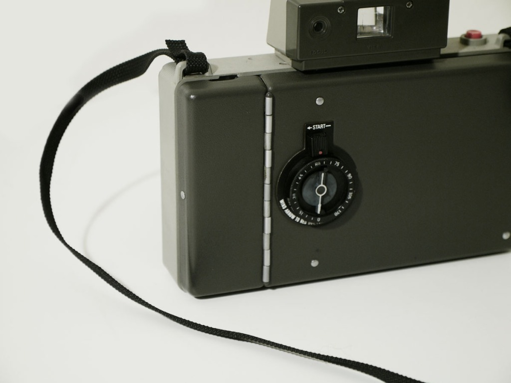 Newly Owned : Polaroid 330 Land Camera