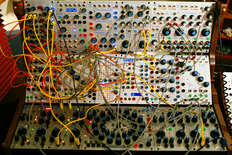 analog modular synthesizers citizens of culture. Black Bedroom Furniture Sets. Home Design Ideas